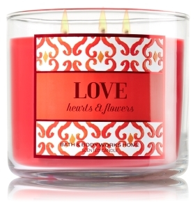 love-hearts-and-flowers-candle