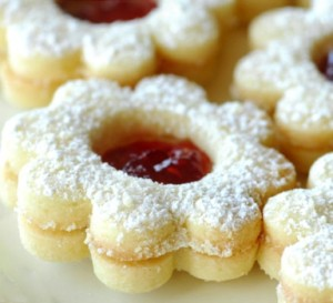 candles-raspberry-linzer-cookies