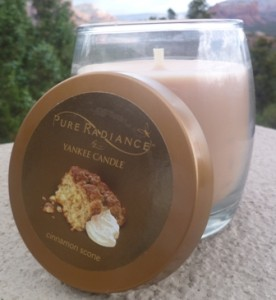 Cinnamon Scone candle