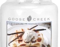 New Giveaway! 22oz Large Vanilla Pumpkin Waffle candle from Goose Creek