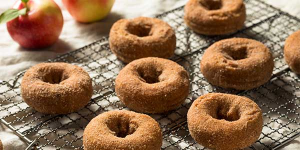 Apple Cider Donut Candle Review