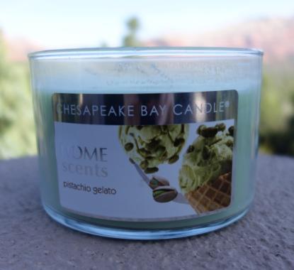 pistachio gelato candle 1