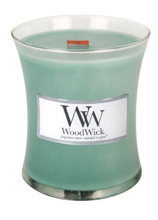 Tradewinds wood wick candle1