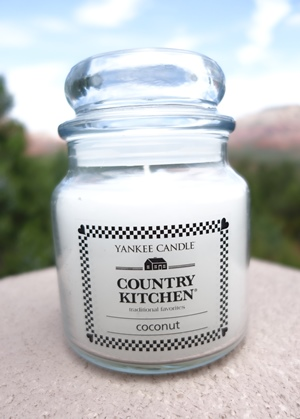 Coconut Country Kitchen Yankee Candle Review