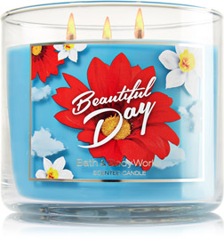 Beautiful Day Bath & Body Works Candle Review