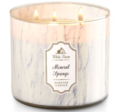 Mineral Springs White Barn Scented Candle Review
