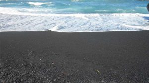 Black Sand Beach Candle Review