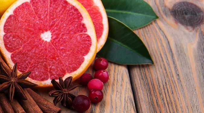 Cranberry Grapefruit Candle Review