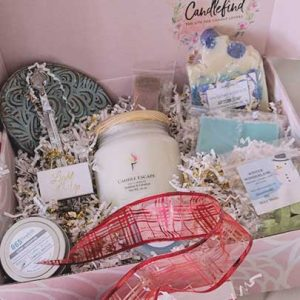 Holiday Candle Gifts-Candle Scents Holiday Box from Candlefind