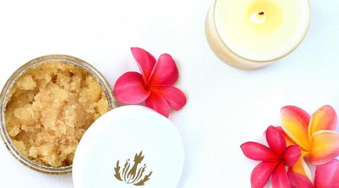 Malie Organics Candle