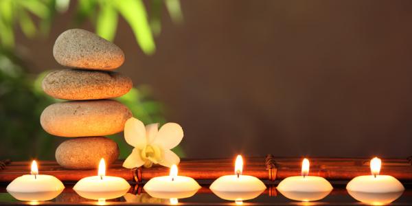 zen lit candles