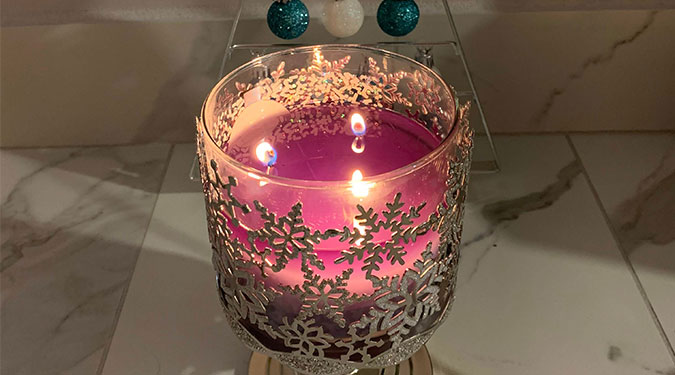 Bath & Body Works Candle Company Listing