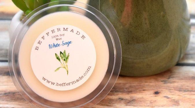 Beffermade large wax melt near green tealight warmer