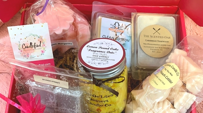 Candlefind March Subscription Box Spring Scent-Sations
