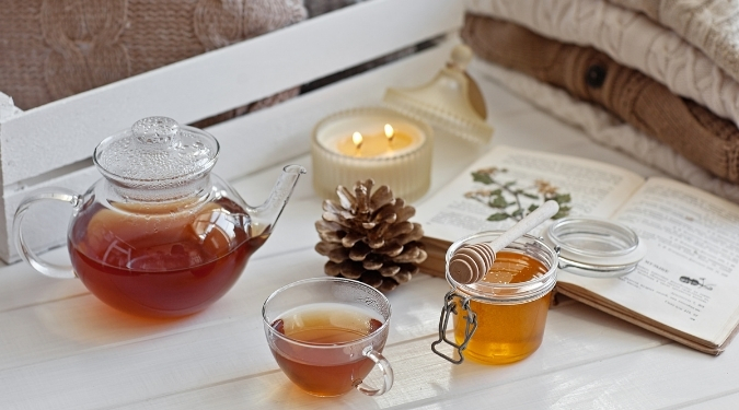 Candlefind Subscription Boxes September 2021 Theme - Can It Bee