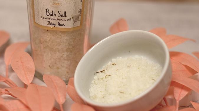 Sabon Peach Bath Salts in Candlefind Subscription Boxes