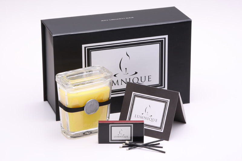 Lumnique Personalized Scented Candle review