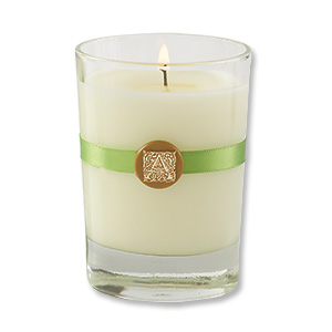 Aromatique Candle Review