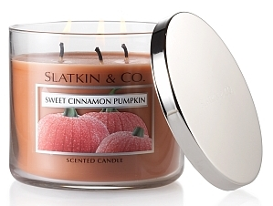 Sweet Cinnamon Pumpkin scented candle from Slatkin & Co