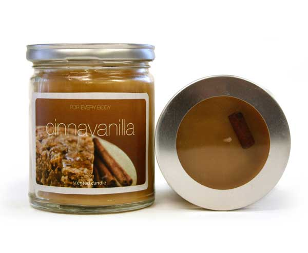 For Every Body candle review, Cinnavanilla scented candle review, Candlefind.com, the site for candle lovers