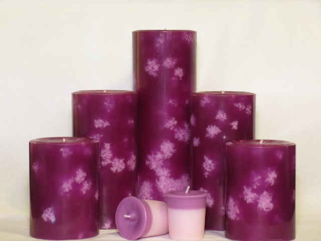 Hyacinth scented pillar review, Full Moon Candles, Candlefind.com, the site for candle lovers