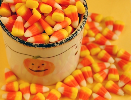 Candy Corn scented melt review, Candlefind, the site for candle lovers