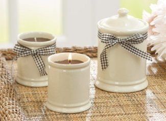 Better Homes and Gardens candle