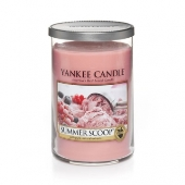 Yankee Candles Summer Scoop scented candle review